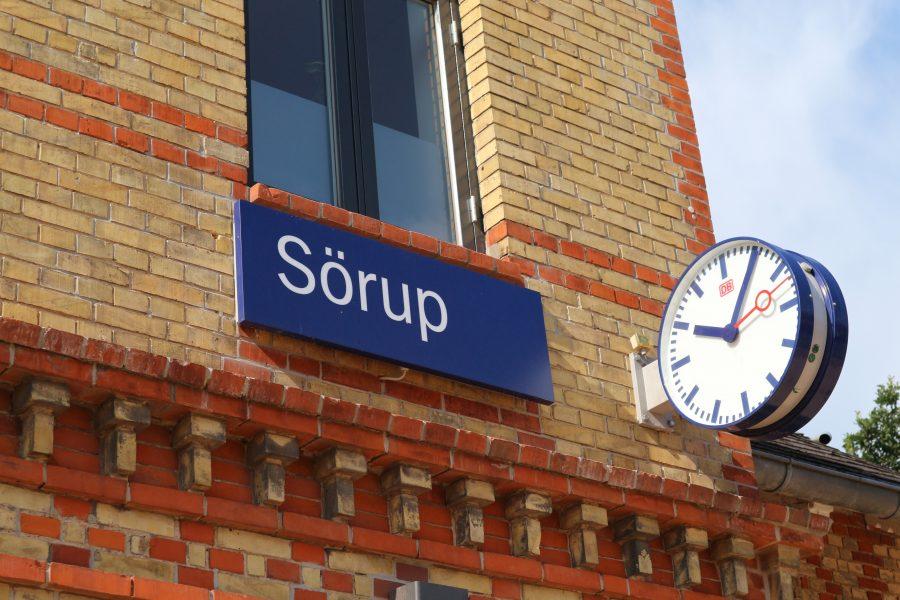 Sörup Bahnhof mit Uhr